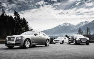 Что лучше роллс ройс или бентли. Mercedes S600 vs Rolls-Royce Ghost SII vs Bentley Flying Spur — тройной W12. Какой пробег у смокинга