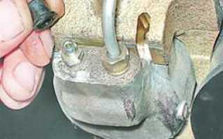 Гидропривод тормозов — прокачка и замена тормозной жидкости. Как и когда нужно менять тормозную жидкость на автомобилях ваз Бачок тормозной жидкости ваз 2104