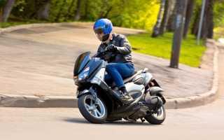 Скутер Yamaha X-MAX 300 – «злой» и экономичный