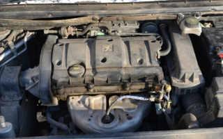 Мотор стал сопливиться,из под крышки клапанов течет масло